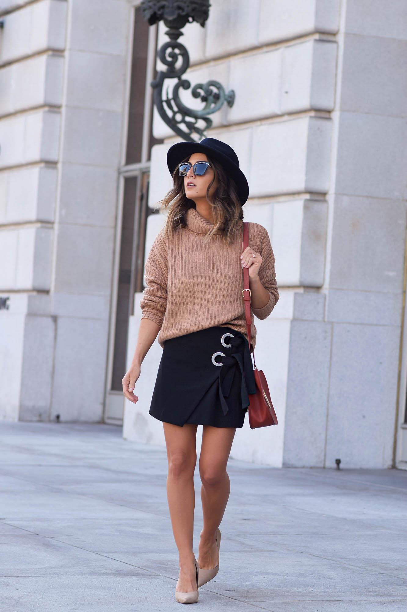 friends-lovers-sweater-2